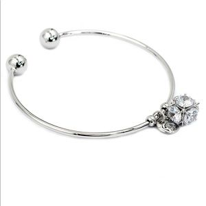 Fashion silver square crystal bracelet